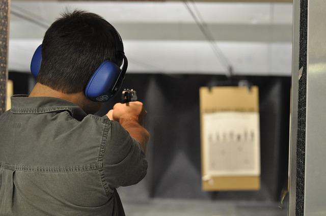 shooting-1833850_640